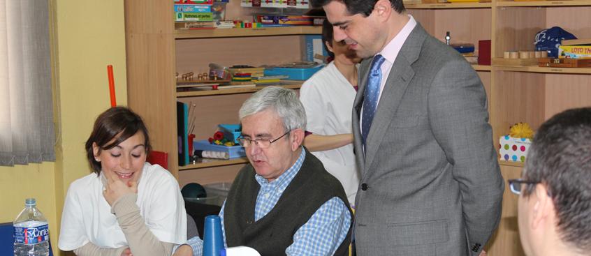 delegado_visita_esclerosis_multiple