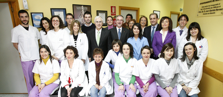 José Mª Barreda visita el CIEN de la Asociación de Esclerosis Múltiple de Albacete
