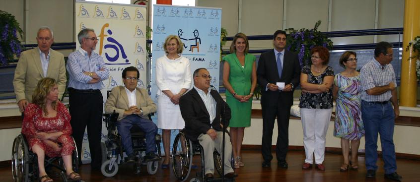 ADEM-AB presente en la visita de Mª Dolores Cospedal al Centro Infanta Leonor