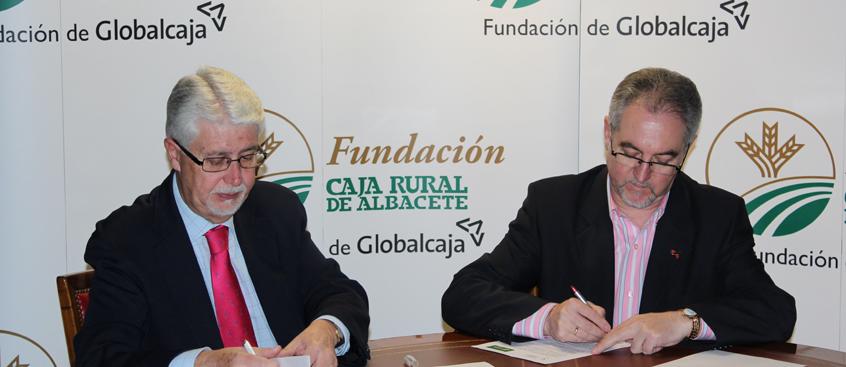 Fundación Caja Rural suscribe un convenio con Esclerosis Múltiple Albacete