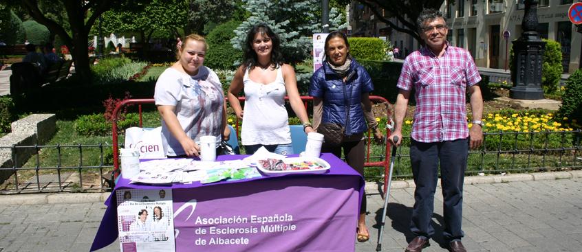 la asociación de esclerosis múltiple de Albacete celebró su cuestación