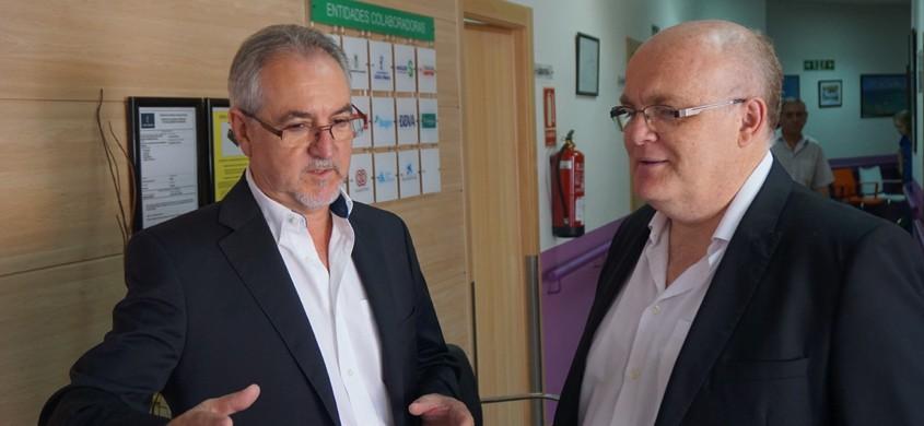 El Delegado de la JCCM visita el Centro de Esclerosis Múltiple