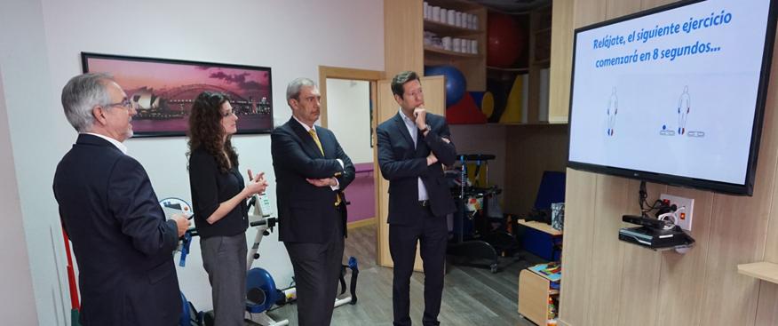 El Director General de Sanofi Genzyme visita el Centro de Esclerosis Múltiple de Albacete
