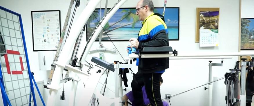 Rehabilitación con el sistema Mercury Med con Robowalk